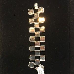 Free People Raven Chain Cuff Bracelet in Silver